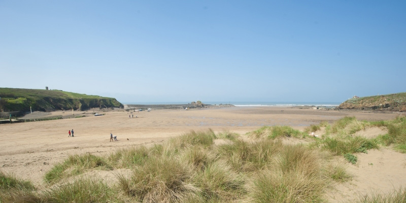 Summerleaze Beach, image courtesy of Adam Gibbard and Visit Cornwall
