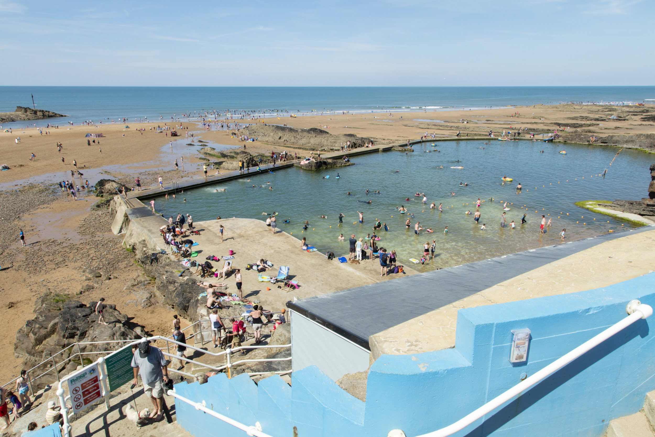 Bude Sea Pool wild swimming spot in Cornwall